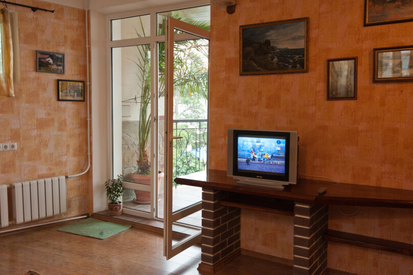 Сдам дом у моря в Алупке, 140 кв.м. на 8 человек, 3 спальни, Приморская улица, 1, Алупка - Фотография 38