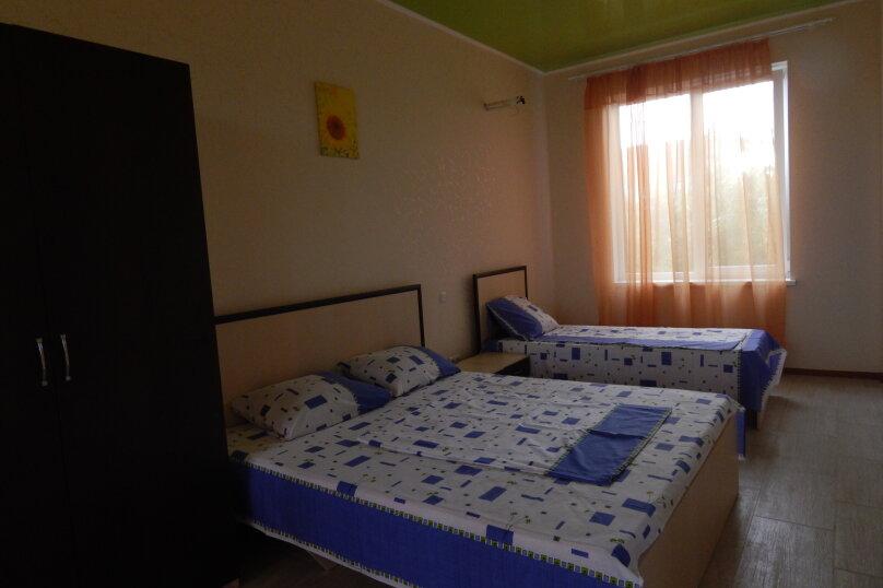 #2.двухкомнатный пятиместный,1этаж, Каштановая , 28, район Алчак, Судак - Фотография 1