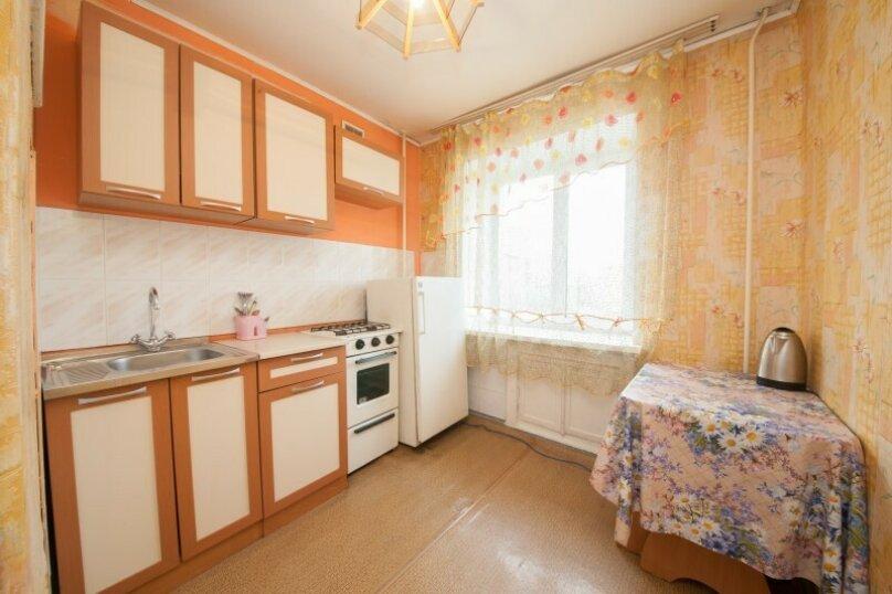1-комн. квартира, 34 кв.м. на 4 человека, улица Декабристов, 5, Красноярск - Фотография 6