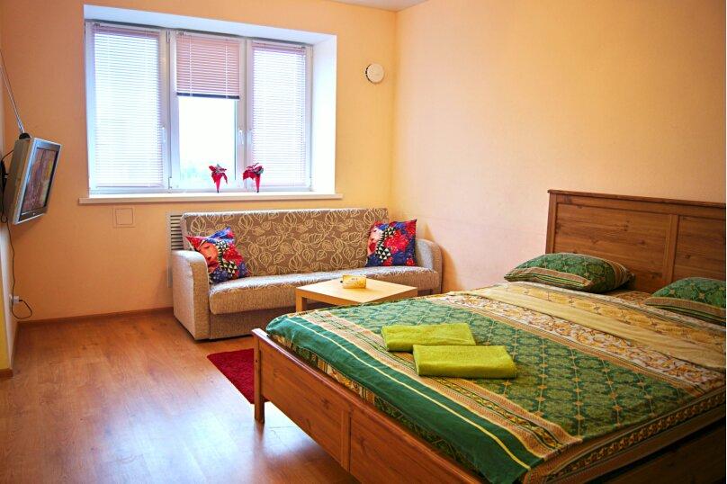 1-комн. квартира, 36 кв.м. на 4 человека, улица Зайцева, 42А, Петрозаводск - Фотография 1