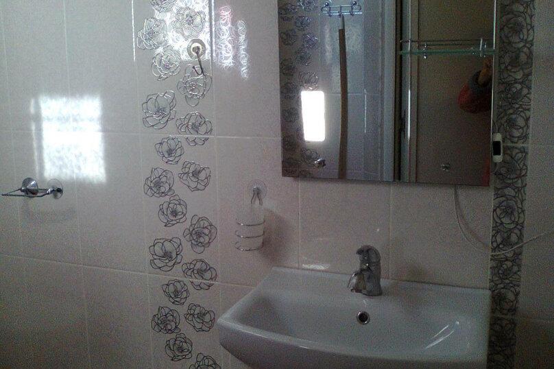 Дом, 60 кв.м. на 5 человек, 2 спальни, улица Калинина, 28, Алупка - Фотография 2