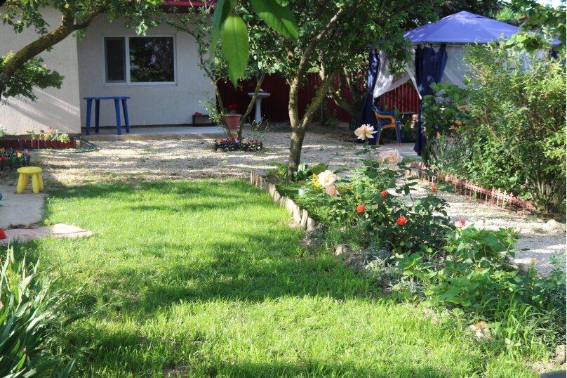 Домик в саду № 1., 16 кв.м. на 3 человека, 1 спальня, Северная улица, №3, Благовещенская - Фотография 3