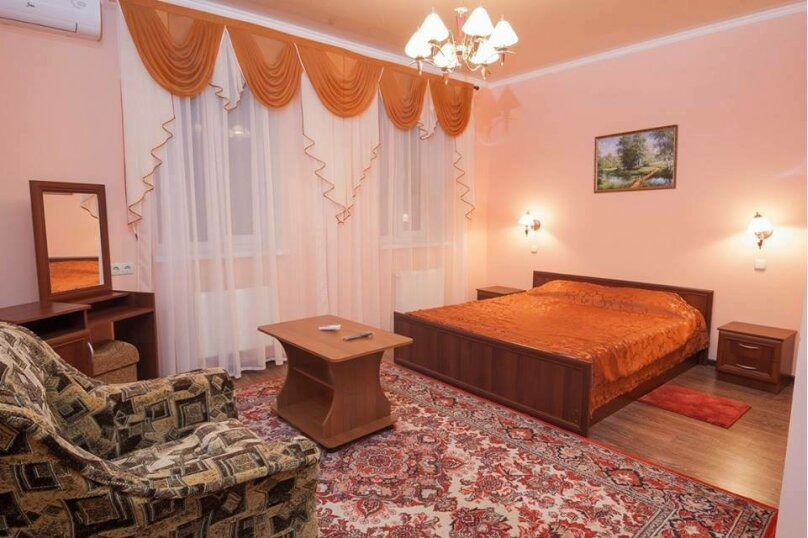 """Гостевой дом """"Ассоль"""", Галерейная улица, 5 на 15 комнат - Фотография 2"""