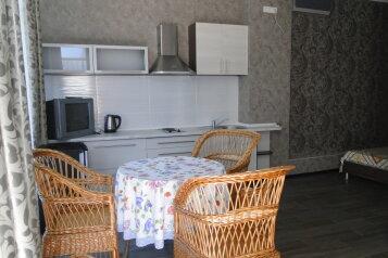 Дом в Профессорском уголке, на 2-3 чел., 40 кв.м. на 2 человека, 1 спальня, комсомольская , 3, Алушта - Фотография 2