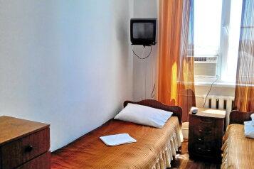Мини-гостиница , Новороссийская улица на 10 номеров - Фотография 2