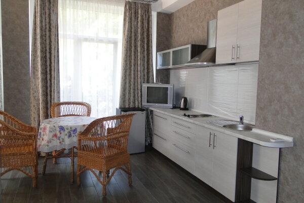 Дом в Профессорском уголке, на 2-3 чел., 40 кв.м. на 2 человека, 1 спальня