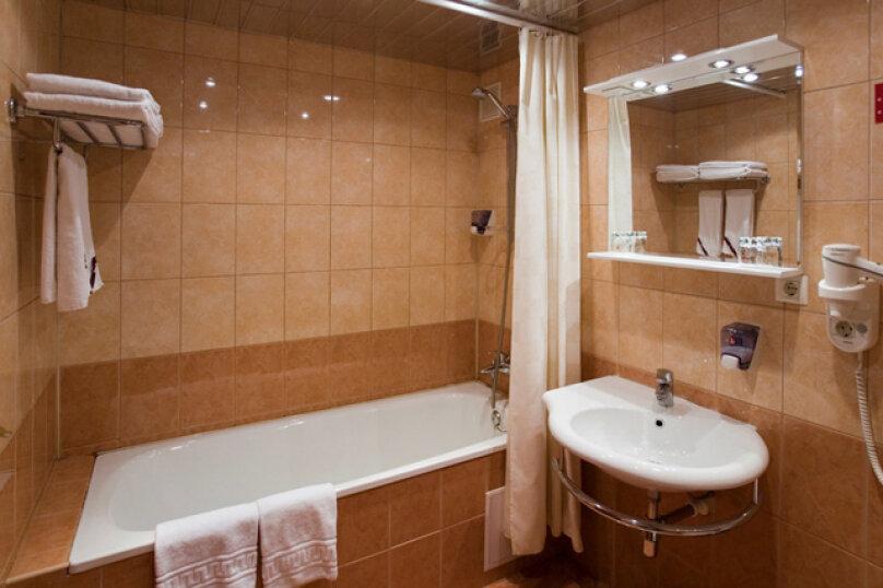 1-комн. квартира, 33 кв.м. на 4 человека, улица Ворошилова, 10, Тольятти - Фотография 5