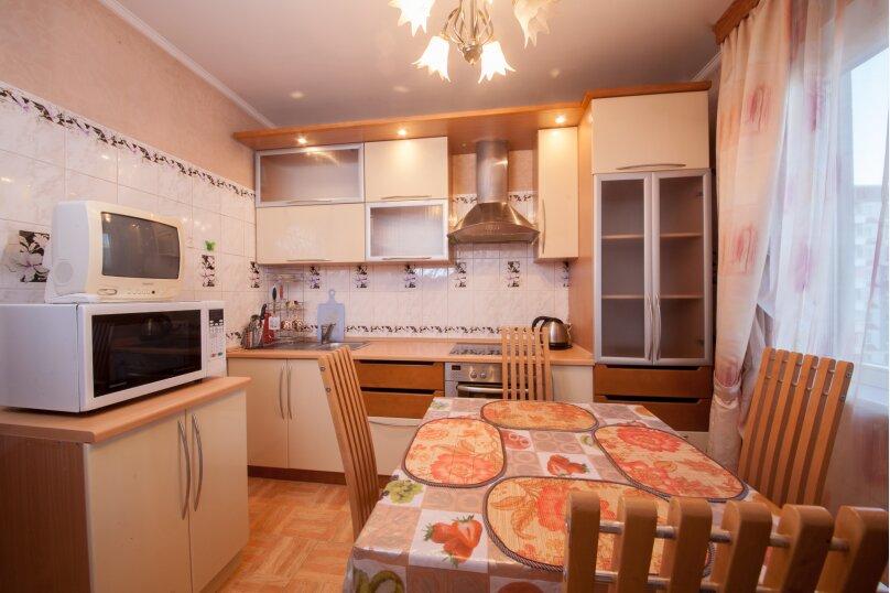 2-комн. квартира, 56 кв.м. на 4 человека, Взлётная улица, 24, Красноярск - Фотография 19