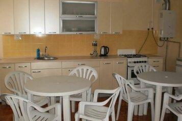 Гостиничные комнаты в частном дворе п. Заозерное, Зелёная улица, 18 на 5 номеров - Фотография 4