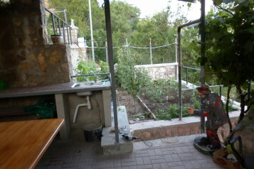 Дом, 100 кв.м. на 6 человек, 3 спальни, Севастопольское шоссе, Ялта - Фотография 2