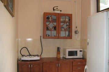 Капитальный двухкомнатный домик для отдыха, 48 кв.м. на 4 человека, 2 спальни, улица Спендиарова, 14, Ялта - Фотография 3