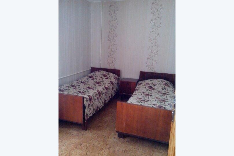 2-комн. квартира, 50 кв.м. на 4 человека, улица Фрунзе, 75, Евпатория - Фотография 2