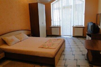 Номер-студия в частном коттедже, под ключ, на 2-3 чел., 36 кв.м. на 2 человека, 1 спальня, Таврическая, 40, Алушта - Фотография 2