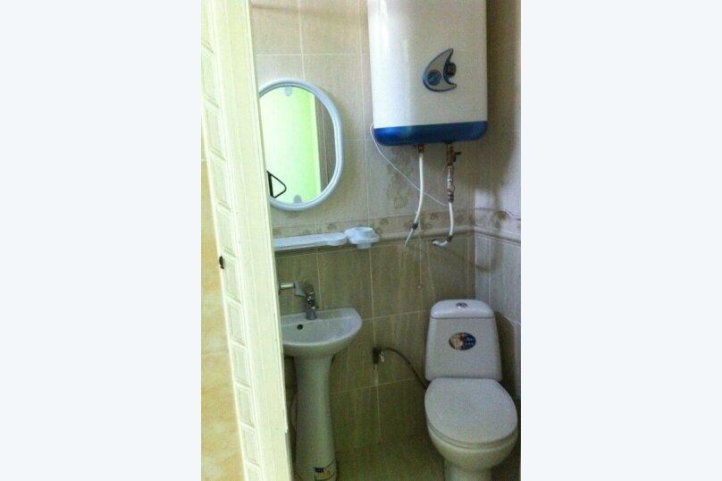 Сдам жилье в Алупке, 30 кв.м. на 3 человека, 1 спальня, улица Калинина, 32, Алупка - Фотография 15