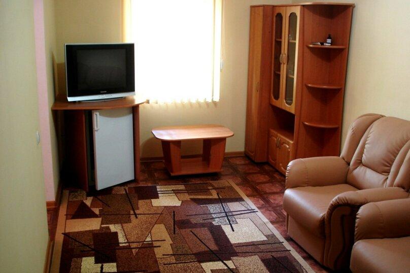 """Гостевой дом """"На Рыбалко 25"""", Рыбалко, 25 на 6 комнат - Фотография 2"""