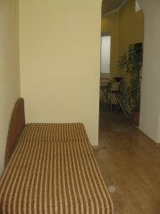 На берегу моря в частном секторе, 30 кв.м. на 3 человека, 1 спальня, улица Бартенева, Евпатория - Фотография 3