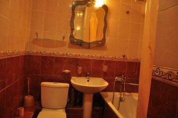 2-комн. квартира, 50 кв.м. на 5 человек, улица Ерошенко, Севастополь - Фотография 2
