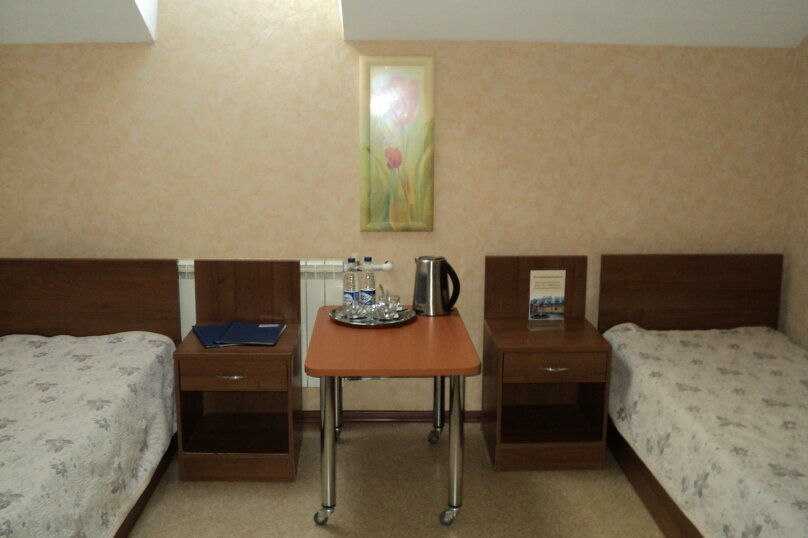 Двухместный номер эконом-класса с 2 отдельными кроватями, 948 км Трассы Москва-Волгоград, 948, Волгоград - Фотография 1
