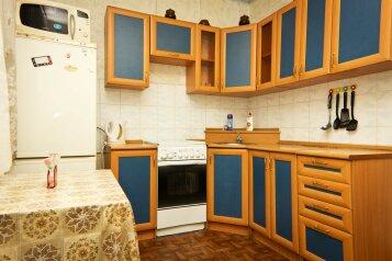 1-комн. квартира, 41 кв.м. на 4 человека, М-н Жукова, 39, Северо-Восточный район, Старый Оскол - Фотография 2