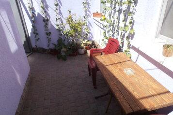 2-комнатный домик в Евпатории, в 50-ти метрах от моря, есть свой дворик., 30 кв.м. на 4 человека, 1 спальня, Пляжный переулок, Евпатория - Фотография 3