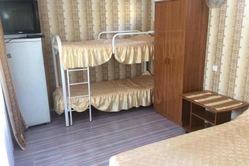 Гостевой дом Черномор, Черноморская улица, 123 на 8 комнат - Фотография 19