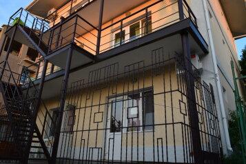 Мини-отель на первой линии от моря, улица Морская  на 11 номеров - Фотография 3