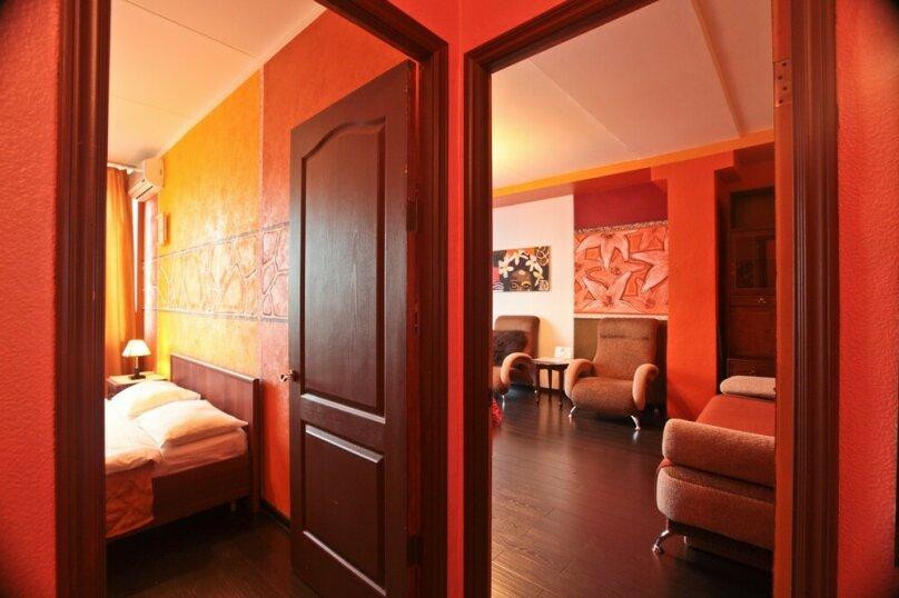 2-комн. квартира, 56 кв.м. на 6 человек, улица Новый Арбат, 16, Москва - Фотография 11