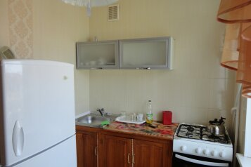 1-комн. квартира, 30 кв.м. на 3 человека, улица Ленина, Штормовое - Фотография 2