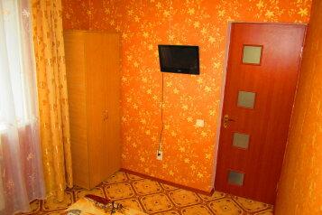2-й этаж в трехэтажном доме, 180 кв.м. на 9 человек, 3 спальни, Октябрьская улица, 30, Судак - Фотография 2