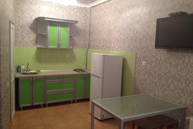 Дом, 60 кв.м. на 5 человек, 1 спальня, улица Гагарина, 24, Евпатория - Фотография 6