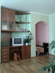 2-комн. квартира, 73 кв.м. на 5 человек, улица Айвазовского, Судак - Фотография 2