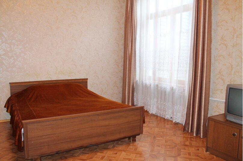 1-комн. квартира на 3 человека, Екатерининская улица, 8, Ялта - Фотография 2