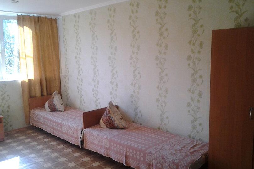 """Гостевой дом """"У Валеры"""", Школьная улица, 1 на 2 комнаты - Фотография 5"""