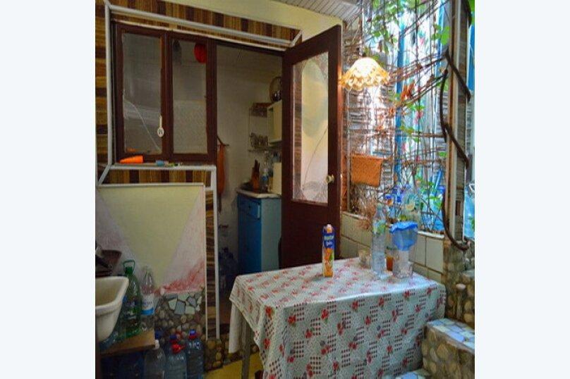 Эконом дворик из СССР, 15 кв.м. на 4 человека, 1 спальня, улица Ленина, 130, Коктебель - Фотография 9