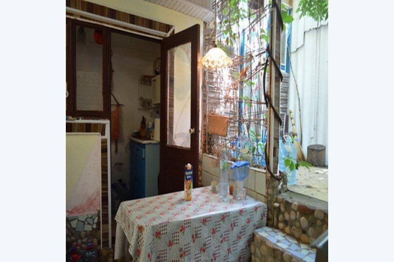 Эконом дворик из СССР, 15 кв.м. на 4 человека, 1 спальня, улица Ленина, 130, Коктебель - Фотография 12