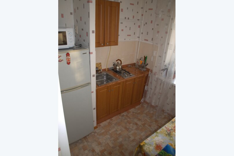 1-комн. квартира, 38 кв.м. на 3 человека, улица Глухова, 7, Севастополь - Фотография 2