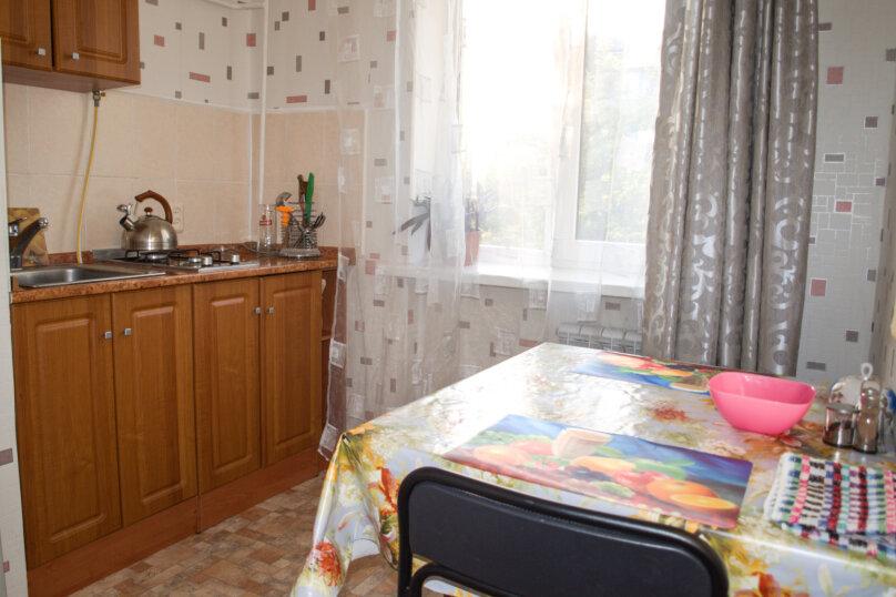 1-комн. квартира, 38 кв.м. на 3 человека, улица Глухова, 7, Севастополь - Фотография 4