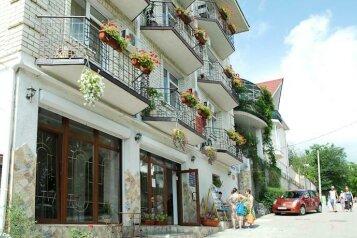 Гостиница, Революционная улица на 17 номеров - Фотография 3