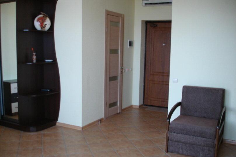 Стандарт №1 с кухней, бассейном, парковкой (спальных мест: 1-5) , Ленина, 142 Г, Коктебель - Фотография 1