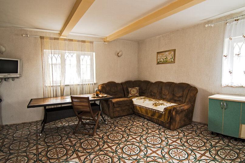 Дом из бруса в 3-х уровнях, 120 кв.м. на 8 человек, 3 спальни, СТ Плюшко-2, 11, Севастополь - Фотография 7
