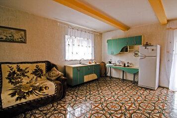 Дом из бруса в 3-х уровнях, 120 кв.м. на 7 человек, 3 спальни, СТ Плюшко-2, Севастополь - Фотография 2