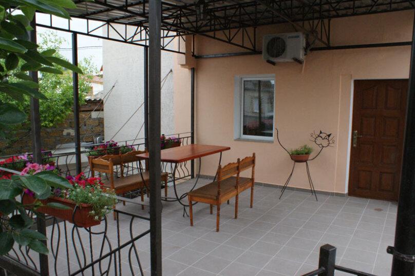 2 этаж дома 2 комнаты под ключ, 40 кв.м. на 6 человек, 2 спальни, Русская улица, 49, Феодосия - Фотография 3