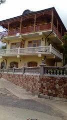 Гостевой дом в пгт Береговое, улица Кипарисная, 31а на 9 номеров - Фотография 2