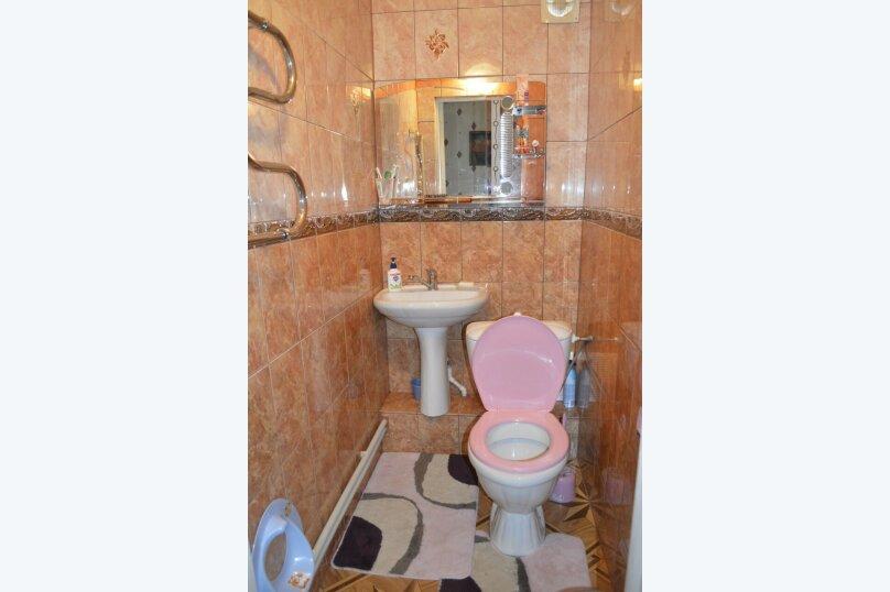 Гостевой дом у Натали, улица Толстого, 34 на 12 комнат - Фотография 13