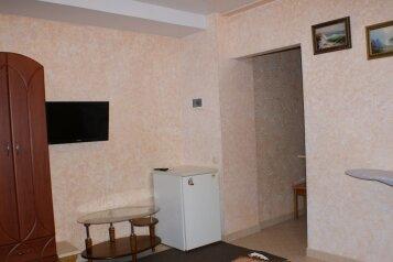 1 этаж однокомнатный под ключ, 22 кв.м. на 3 человека, 1 спальня, Русская улица, Феодосия - Фотография 2