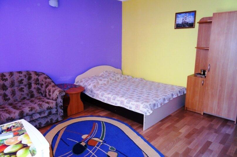 1-на комнатные апартаменты, улица Парниковая, 2, село Приветное - Фотография 1