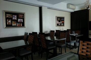Отель на первой береговой линии, Таманская улица на 50 номеров - Фотография 2