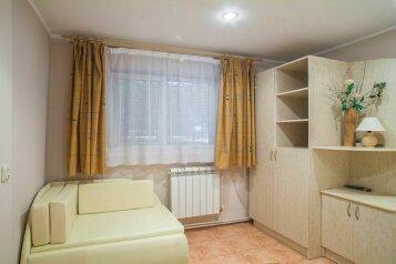 3х местный коттедж желтый, 20 кв.м. на 3 человека, 1 спальня, переулок Лавровый, 4, Ялта - Фотография 1