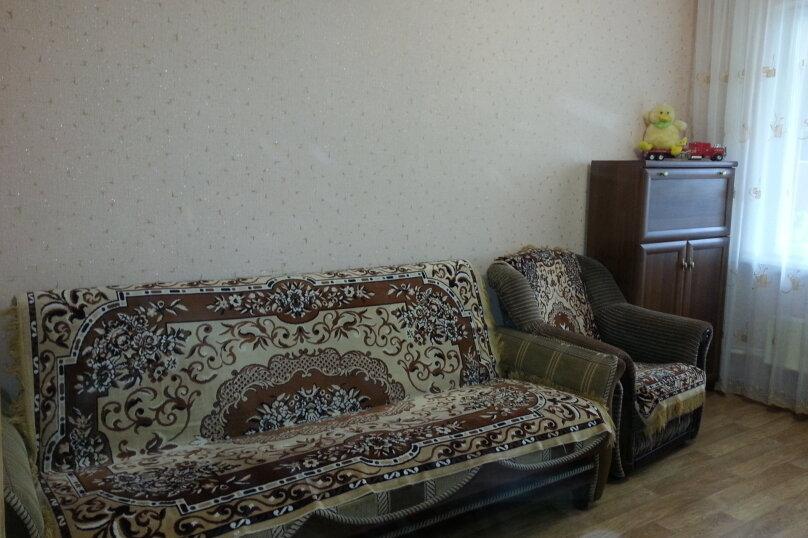 2-комн. квартира, 78 кв.м. на 5 человек, Красноармейская, 1, Алушта - Фотография 2