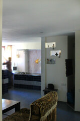 3-комн. квартира, 75 кв.м. на 6 человек, проспект Ленина, Евпатория - Фотография 2